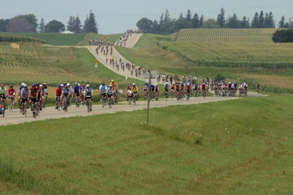 RAGBRAI rolls through Spencer July 23